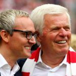 Alexander Wehrle mit Präsident Werner Spinner | Foto: Christof Koepsel/Bongarts/Getty Images