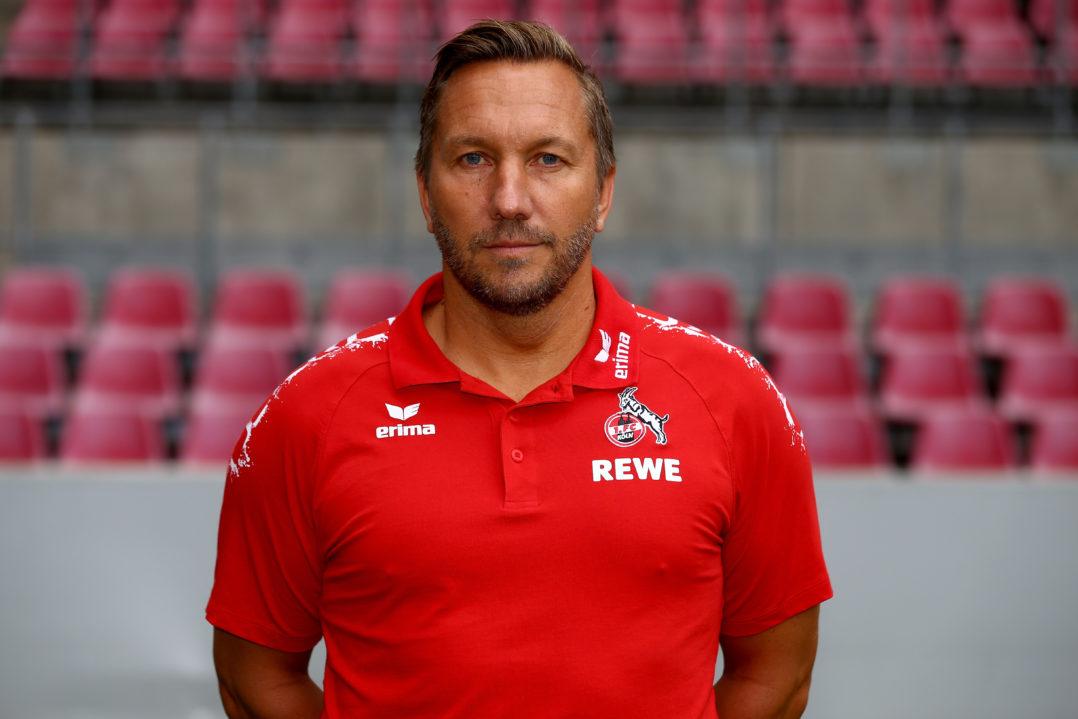 Co Trainer Manfred Schmid Der Herr Der Taktik