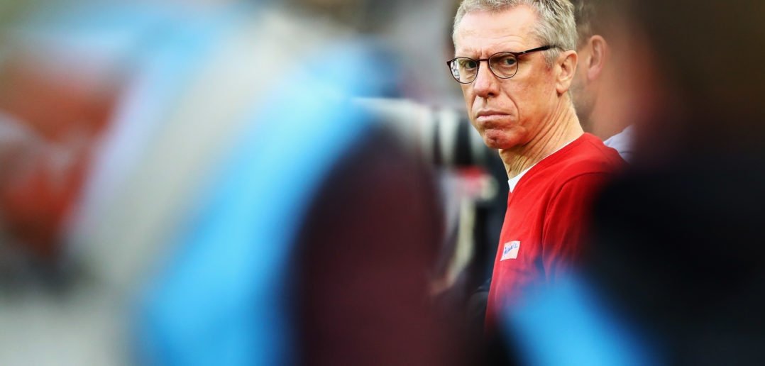 COLOGNE, GERMANY - OCTOBER 01: FC Koeln Manager / Head Coach, Peter Stoger looks on during the Bundesliga match between 1. FC Koeln and RB Leipzig at RheinEnergieStadion on October 1, 2017 in Cologne, Germany. (Photo by Dean Mouhtaropoulos/Bongarts/Getty Images)