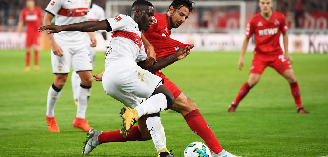 STUTTGART, GERMANY - OCTOBER 13: Orel Mangala of VfB Stuttgart is challenged by Claudio Pizarro of 1.FC Koeln during the Bundesliga match between VfB Stuttgart and 1. FC Koeln at Mercedes-Benz Arena on October 13, 2017 in Stuttgart, Germany. (Photo by Matthias Hangst/Bongarts/Getty Images)