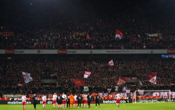 COLOGNE, GERMANY - JANUARY 14: The players of FC Koeln celebrate victory after the Bundesliga match between 1. FC Koeln and Borussia Moenchengladbach at RheinEnergieStadion on January 14, 2018 in Cologne, Germany. (Photo by Dean Mouhtaropoulos/Bongarts/Getty Images)