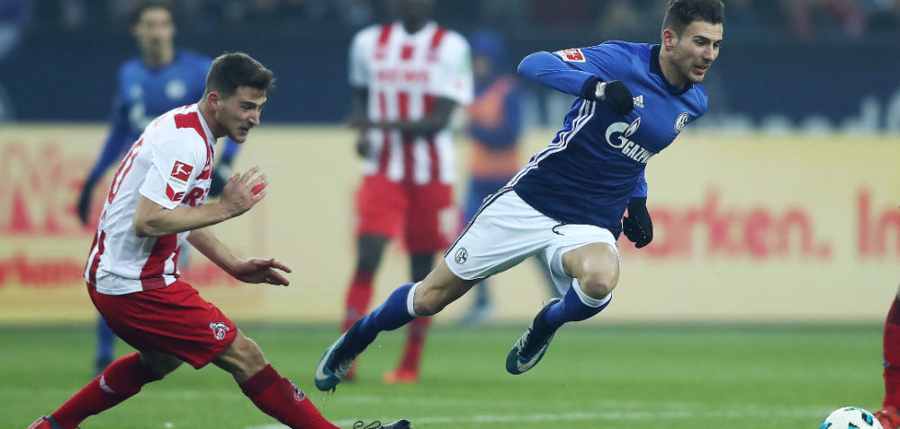GELSENKIRCHEN, GERMANY - DECEMBER 02: Salih Oezcan of Koeln (l9 fouls Leon Goretzka of Schalke during the Bundesliga match between FC Schalke 04 and 1. FC Koeln at Veltins-Arena on December 2, 2017 in Gelsenkirchen, Germany. (Photo by Christof Koepsel/Bongarts/Getty Images)
