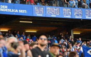 HAMBURG, GERMANY - APRIL 21: The Bundesliga clock ticks during the Bundesliga match between Hamburger SV and Sport-Club Freiburg at Volksparkstadion on April 21, 2018 in Hamburg, Germany. (Photo by Stuart Franklin/Bongarts/Getty Images)