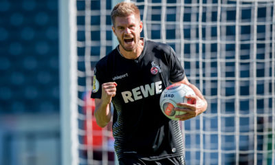 BERLIN, GERMANY - AUGUST 19: Simon Terodde of Cologne celebrates after scoring his team's eighth goal during the German DFB Cup first round match between BFC Dynamo and 1. FC Koeln at Olympiastadion on August 19, 2018 in Berlin, Germany. (Photo by Thomas Eisenhuth/Getty Images)