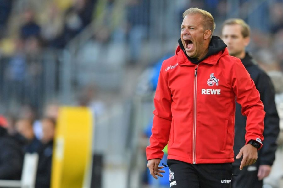 BIELEFELD, GERMANY - SEPTEMBER 28: Head coach Markus Anfang of Koeln reacts during the Second Bundesliga match between DSC Arminia Bielefeld and 1. FC Koeln at Schueco Arena on September 28, 2018 in Bielefeld, Germany. (Photo by Thomas Starke/Bongarts/Getty Images)