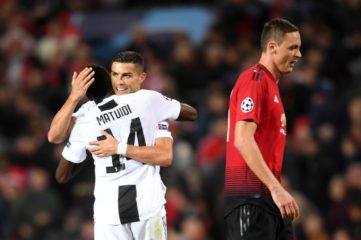 MANCHESTER, ENGLAND - OCTOBER 23: Cristiano Ronaldo of Juventus and Blaise Matuidi of Juventus celebrate following their sides victory in during the Group H match of the UEFA Champions League between Manchester United and Juventus at Old Trafford on October 23, 2018 in Manchester, United Kingdom. (Photo by Laurence Griffiths/Getty Images)