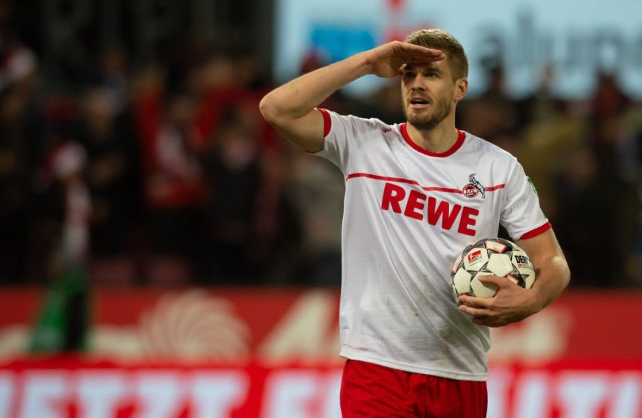 COLOGNE, GERMANY - DECEMBER 21: Simon Terodde of Cologne celebrates after scoring during the Second Bundesliga match between 1. FC Koeln and VfL Bochum 1848 at RheinEnergieStadion on December 21, 2018 in Cologne, Germany. (Photo by Juergen Schwarz/Bongarts/Getty Images)