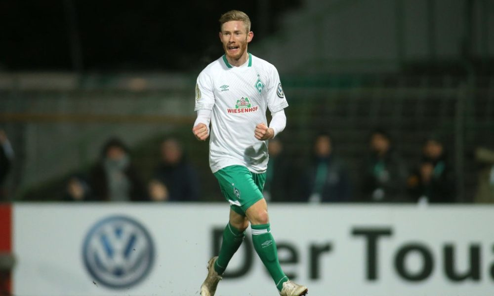 LUEBECK, GERMANY - OCTOBER 31: Florian Kainz of Bremen celebrates after scoring his team second goal during the DFB Cup match between SC Weiche Flensburg 08 v SV Werder Bremen at Stadion Lohmuehle on October 31, 2018 in Luebeck, Germany. (Photo by Selim Sudheimer/Bongarts/Getty Images)