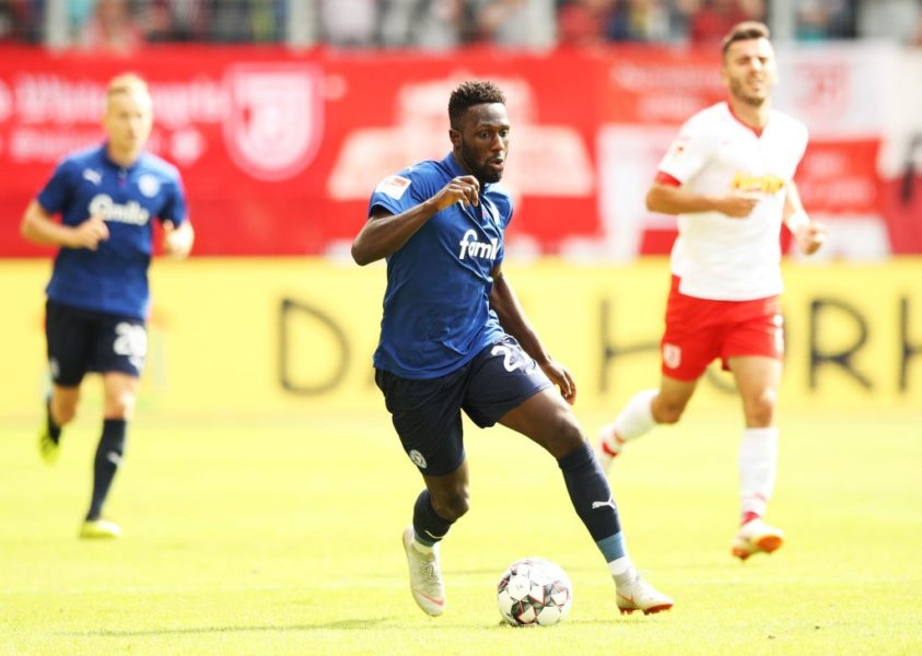 REGENSBURG, GERMANY - AUGUST 26: Kingsley Schindler of Holstein Kiel controls the ball during the Second Bundesliga match between SSV Jahn Regensburg and Holstein Kiel at Continental Arena on August 26, 2018 in Regensburg, Germany. (Photo by Adam Pretty/Bongarts/Getty Images)