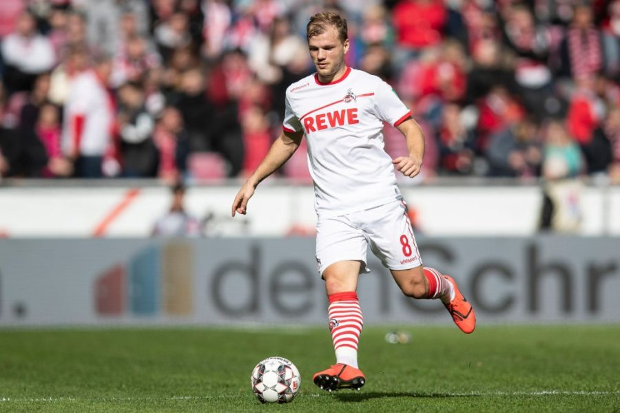 COLOGNE, GERMANY - MARCH 09: Johannes Geis #8 of FC Koeln controls the ball during the Second Bundesliga match between 1. FC Koeln and DSC Arminia Bielefeld at RheinEnergieStadion on March 09, 2019 in Cologne, Germany. (Photo by Maja Hitij/Bongarts/Getty Images)