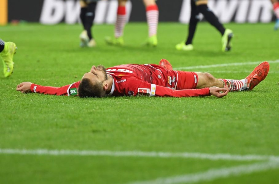COLOGNE, GERMANY - NOVEMBER 08: Dominick Drexler of 1. FC Koeln reacts during the Bundesliga match between 1. FC Koeln and TSG 1899 Hoffenheim at RheinEnergieStadion on November 08, 2019 in Cologne, Germany. (Photo by Jörg Schüler/Bongarts/Getty Images)