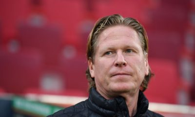 AUGSBURG, GERMANY - JANUARY 13: Head coach Markus Gisdol of Hamburg looks on prior to the Bundesliga match between FC Augsburg and Hamburger SV at WWK-Arena on January 13, 2018 in Augsburg, Germany. (Photo by Sebastian Widmann/Bongarts/Getty Images)