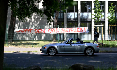 COLOGNE, GERMANY - MAY 17: A protest banner against the restart of the Bundesliga seen near the RheinEnergieStadion on May 17, 2020 in Cologne, Germany. The Bundesliga and Second Bundesliga is the first professional league to resume the season after the nationwide lockdown due to the ongoing Coronavirus (COVID-19) pandemic. All matches until the end of the season will be played behind closed doors. (Photo by Lukas Schulze/Getty Images)