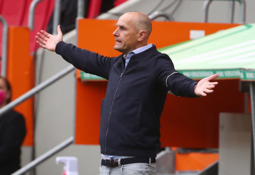 AUGSBURG, GERMANY - JUNE 07: Heiko Herrlich, Manager of FC Augsburg reacts during the Bundesliga match between FC Augsburg and 1. FC Koeln at WWK-Arena on June 7, 2020 in Augsburg, Germany. (Photo by Michael Dalder/Pool via Getty Images)