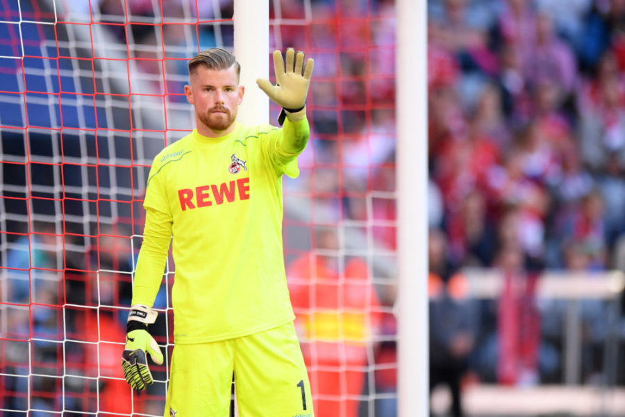 MUNICH, GERMANY - SEPTEMBER 21: Timo Horn of 1. FC Koeln gestures during the Bundesliga match between FC Bayern Muenchen and 1. FC Koeln at Allianz Arena on September 21, 2019 in Munich, Germany. (Photo by Sebastian Widmann/Bongarts/Getty Images)