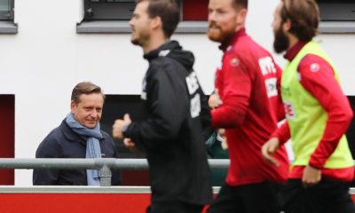 1.FC Köln, Training, links: Horst Heldt 1.FC Köln, 06.10.2020, *** Sport 1 FC Köln, Training, left Horst Heldt 1 FC Köln , 06 10 2020,