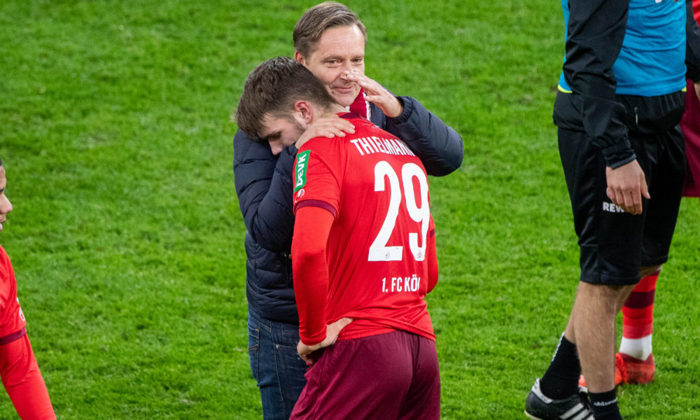 Horst HELDT li., Sportchef K freut sich mit Jan THIELMANN K ueber den Sieg, Fussball 1. Bundesliga, 9. Spieltag, Borussia Dortmund DO - 1.FC Koeln K 1:2, am 28.11.2020 in Dortmund/ Deutschland. DFL REGULATIONS PROHIBIT ANY USE OF PHOTOGRAPHS AS IMAGE SEQUENCES AND/OR QUASI-VIDEO.EDITORIAL USE ONLY. Nur fuer journalistische Zwecke *** Horst HELDT li , Head of Sports K is happy about the victory together with Jan THIELMANN K, Football 1 Bundesliga, 9 Matchday, Borussia Dortmund DO 1 FC Koeln K 1 2, on 28 11 2020 in Dortmund Germany DFL REGULATIONS PROHIBIT ANY USE OF PHOTOGRAPHS AS IMAGE SEQUENCES AND OR QUASI VIDEO EDITORIAL USE ONLY For journalistic purposes only