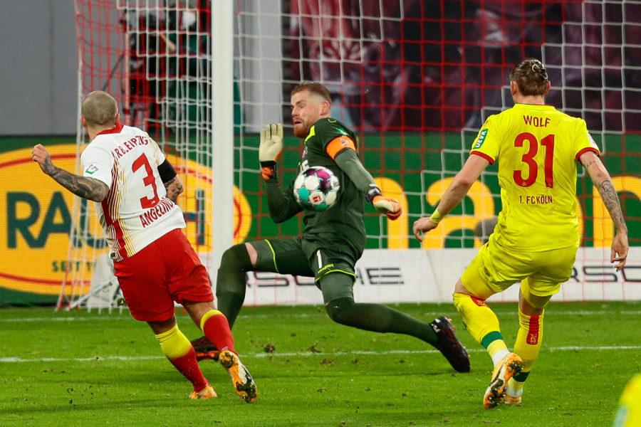 19.12.2020, xtgx, Fussball 1. Bundesliga, RB Leipzig - 1. FC Koeln emspor, v.l. Angelino Leipzig, 3 scheitert an Timo Horn Koeln, 1 Parade, haelt den Ball, faengt den Ball, pariert DFL/DFB REGULATIONS PROHIBIT ANY USE OF PHOTOGRAPHS as IMAGE SEQUENCES and/or QUASI-VIDEO Leipzig *** 19 12 2020, xtgx, Football 1 Bundesliga, RB Leipzig 1 FC Koeln emspor, v l Angelino Leipzig, 3 fails to Timo Horn Koeln, 1 save, holds the ball, catches the ball, saves DFL DFB REGULATIONS PROHIBIT ANY USE OF PHOTOGRAPHS as IMAGE SEQUENCES and or QUASI VIDEO Leipzig