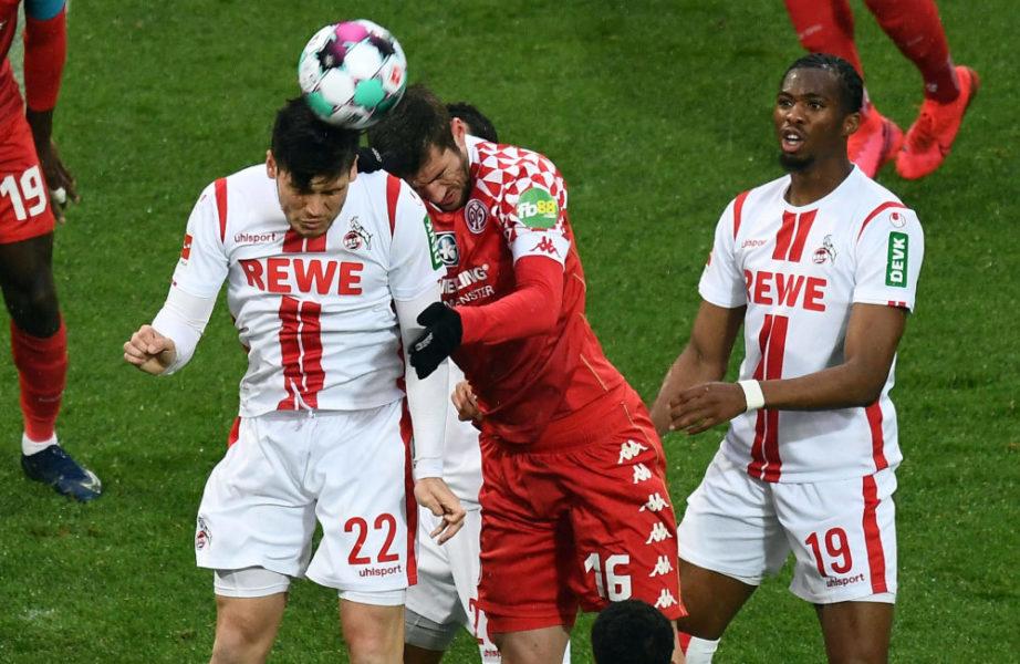 11.04.2021, xjhx, Fussball 1.Bundesliga, 1.FC Koeln - FSV Mainz 05 emspor, v.l. Jorge Mere 1. FC Köln, Stefan Bell FSV Mainz 05, Kingsley Ehizibue 1. FC Köln DFL/DFB REGULATIONS PROHIBIT ANY USE OF PHOTOGRAPHS as IMAGE SEQUENCES and/or QUASI-VIDEO Koeln *** 11 04 2021, xjhx, Fussball 1 Bundesliga, 1 FC Koeln FSV Mainz 05 emspor, v l Jorge Mere 1 FC Köln , Stefan Bell FSV Mainz 05 , Kingsley Ehizibue 1 FC Köln DFL DFB REGULATIONS PROHIBIT ANY USE OF PHOTOGRAPHS as IMAGE SEQUENCES and or QUASI VIDEO Koeln
