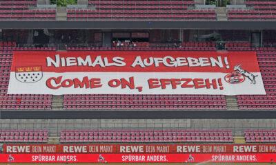 1. FC Köln - SC Freiburg / 09.05.2021 / Plakat : Niemals Aufgeben , Durchhalteparole fuer den FC DFL REGULATIONS PROHIBIT ANY USE OF PHOTOGRAPHS AS IMAGE SEQUENCES AND/OR QUASI-VIDEO EDITORIAL USE ONLY Copyright nur fuer journalistische Zwecke *** 1 FC Köln SC Freiburg 09 05 2021 Poster Niemals Aufgeben , Durchhalteparole fuer den FC DFL REGULATIONS PROHIBIT ANY USE OF PHOTOGRAPHS AS IMAGE SEQUENCES AND OR QUASI VIDEO EDITORIAL USE ONLY Copyright only for journalistic purposes HM
